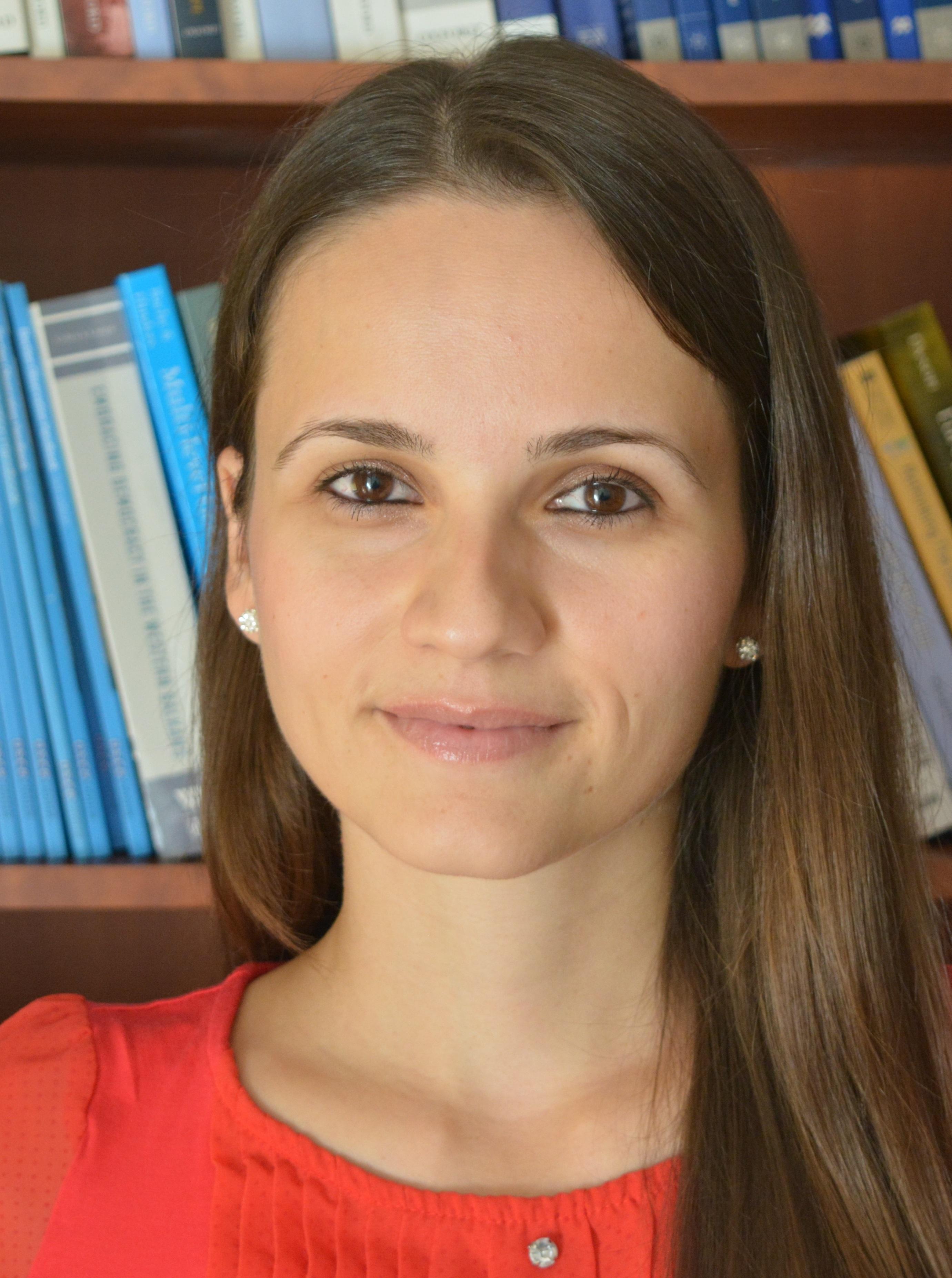 https://webadmin.uni-graz.at/fileadmin/Studien/political-economic-legal-philosophy/Studierende/Hristina_Schnitt.jpg