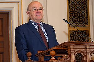 REWI-Dekan Joseph Marko begrüßte zahlreiche Prominenz zum 10. Fakultätstag.