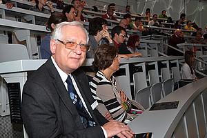 Prof. Helmut O. Rucker eröffnete am 4. September 2014 Graz in Space
