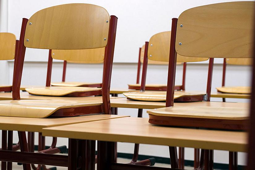 Leere Klassenräume haben die meisten SchülerInnen heuer sehr belastet. Psychologin Manuela Paechter erklärt warum und was man dagegen tun kann. Foto: Pexels