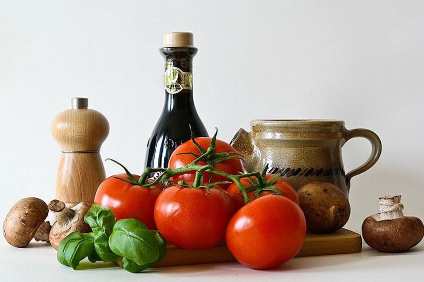 Ist Essen nur die Summe verschiedener Zutaten? Eine Installation bei der Ars Electronica in Linz macht Ernährung zum Thema. Foto: Anelka/pixabay.com.