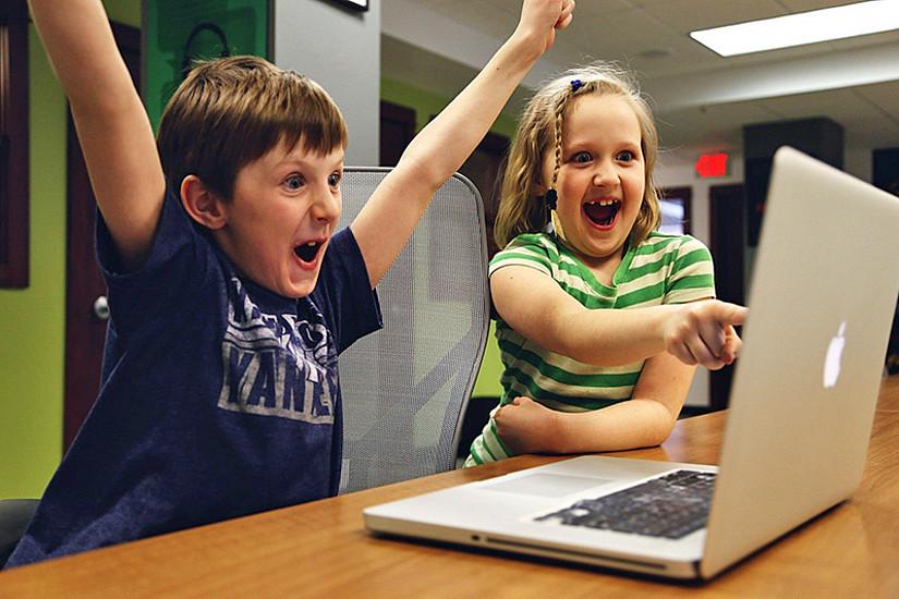 Apps programmieren oder online Schach spielen: Die KinderUniGraz sorgt für kostenlose, anspruchsvolle Freizeitgestaltung. Foto: Pixabay