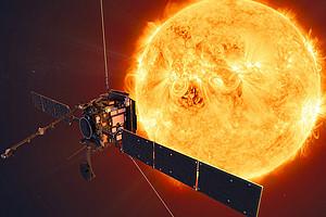 """Was bewegt die Sonne dazu, Plasma abzuschleudern? Wie erzeugt und verändert die Sonne die riesige Plasmablase, in die unser Planetensystem eingebettet ist? Mit diesen Fragen beschäftigt sich Astrophysikerin Astrid Veronig - diese Woche Gast im """"Hör-Saal"""". Foto: ESA."""