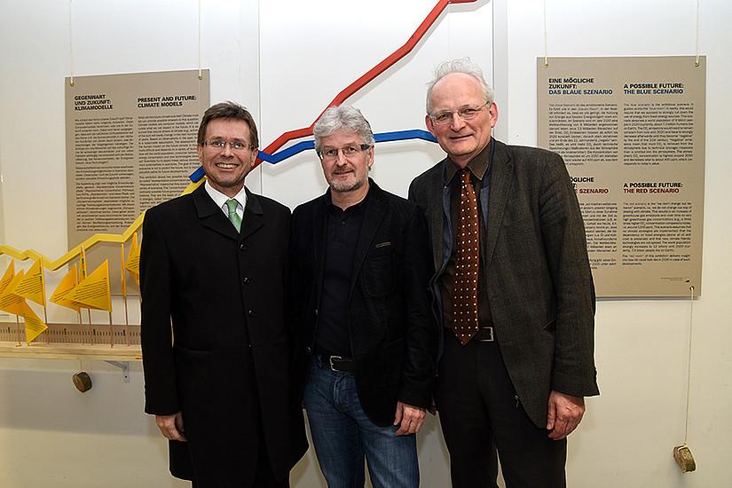 Eröffneten die Ausstellung: Vizerektor Polaschek, Museumsleiter Reisinger und Dekan Meyer (v. l.)