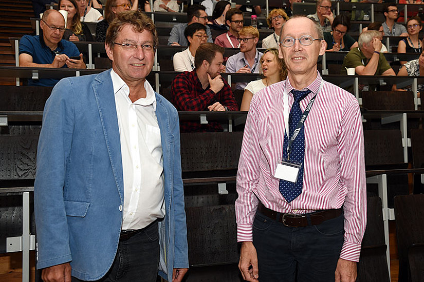 Vizerektor Peter Scherrer und Richard Parncutt (v.l.) begrüßten die Konferenz-TeilnehmerInnen.