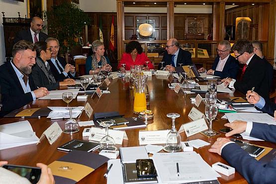 Die Kooperationsverträge wurden von VertreterInnen aller sieben Universitäten unterzeichnet.