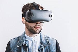 Mit einer VR-Brille kann Lernen zum Erlebnis werden. Foto: pixabay