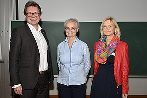 Rektor Martin Polaschek, Keynote Speaker Barbara Hinger und Klaudia Singer von der Pädagogischen Hochschule Steiermark (v.l.). Foto: Uni Graz/Leljak