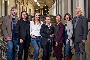 Sieben Profis für Arqus: Andreas Raggautz, Alexandra Dorfer, Anja Hoffmann, Petra Schaper-Rinkel, Diana Afrashteh, Gerhild Leljak und Helmut Eberhart. Foto: Alexander Leljak.