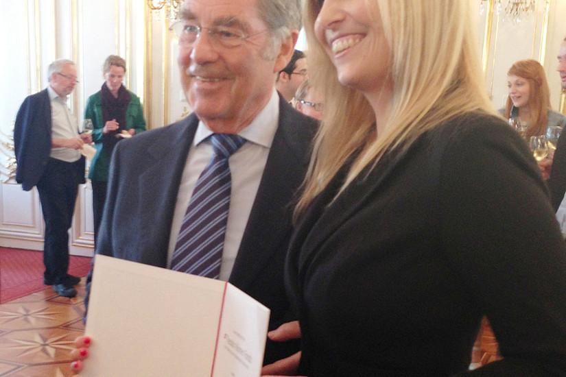 Glückwünsche des Bundespräsidenten erhielt auch Eva Klein. Fotos: Peter Lechne