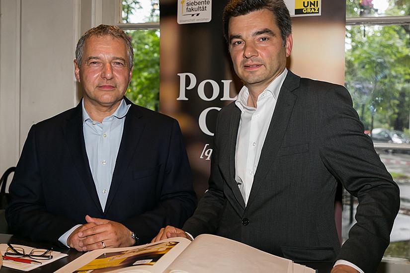 Markus Steppan (links) begrüßte Wolfgang Peschorn im Politik Café. Foto: Steppan/Wolf