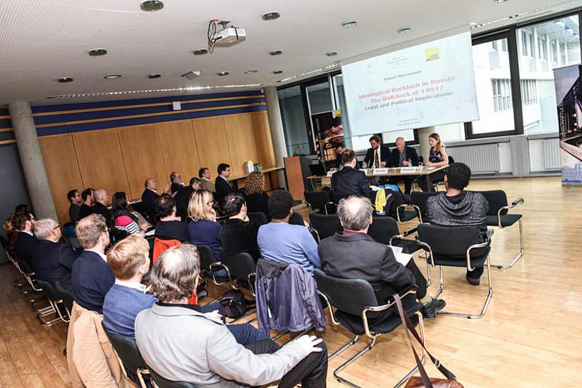 ... sehr gut gefülltes Auditorium bei der Veranstaltung des REEES-Zentrums. Foto: Uni Graz/Tzivanopoulos