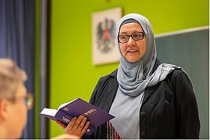 Mevlida Mesanovic, islamische Religionspädagogin, sensibilisiert für fundamentalistische Tendenzen. Foto: Uni Graz/Lunghammer