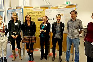 Posterpräsentation der Master- und Dissertationsprojekte: Lena Druml, Hannah Bakanitsch, Ingrid Scherk, Yvonne Völkl, Pascal Striedner, Martin Stocker und Sara Scheikl. Foto: Amalia Witt.