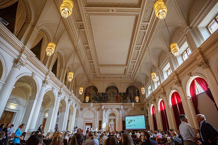 Venturepreneurship Aula: erfolgreiche Startups aus der Uni an der Uni  Foto: Stefan Warmuth