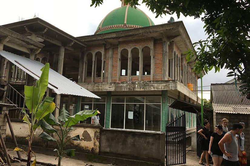 Die Moschee im Dorf Mentigi während der Exkursion der Geographie-Studierenden im März 2018. Foto: Ulrich Ermann