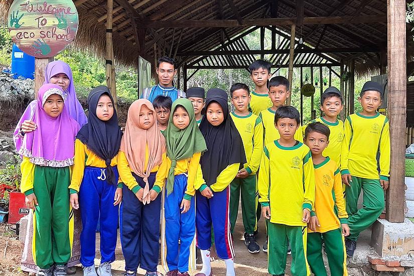 """Durch die Spendenaktion der Universität Graz konnten der Bau der """"Eco School"""" auf der Insel Lombok finanziert werden. Foto: Uni Graz/Ermann"""