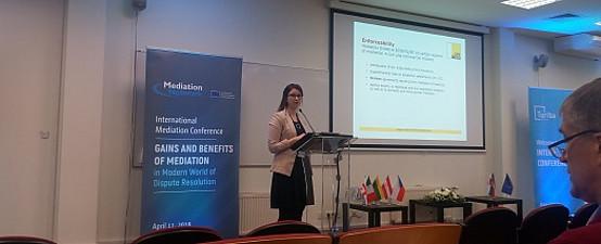 Vortrag von Verena Gschweitl. Foto Sascha Ferz