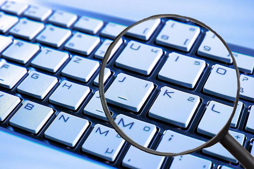 Ein neuer Universitätskurs bei UNI for LIFE vermittelt kompakt und praxisorientiert die aktuellen gesetzlichen Rahmenbedingungen der Funktion von Datenschutzbeauftragten. Foto: pixabay.com