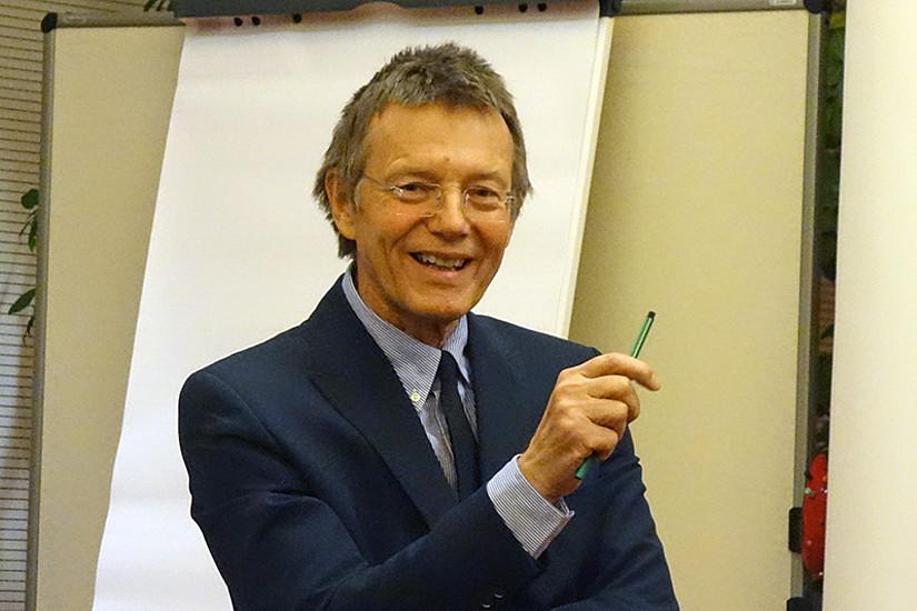 Günther Löschnigg, Professor für Arbeitsrecht, feierte seinen 65. Geburtstag.