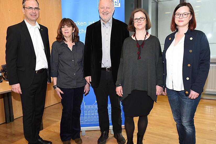 Vizerektor Peter Riedler, Keynote Speaker Moira Inghilleri, Helmut Eberhart, Najda Grbic und Ulrike Freitag von der GEWI-Fakultät (v.l.).