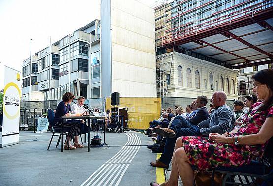 Baustellenlesung, Doris Knecht, UB Graz