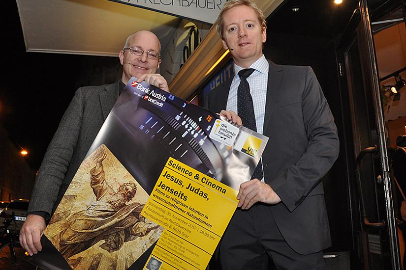 """Filme im Wissenschafts-Check bei """"Science & Cinema"""": Christian Wessely (rechts) und Fritz Treiber. Foto: Uni Graz/Schweiger"""
