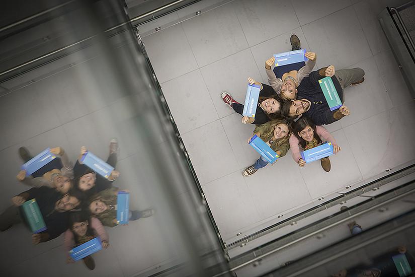 Ehrenamtliches Engagement trainiert kommunikative sowie organisatorische Fähigkeiten und ergänzt das Fachwissen im Studium. Foto: Uni Graz/Lunghammer