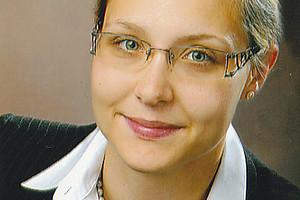"""Karin Sonnleitner ist Vortragende im Masterlehrgang """"Mediation, Negotiation, Communication & Conflict Management"""", für den man sich aktuell wieder anmelden kann. Foto: Foto Hammerschlag."""