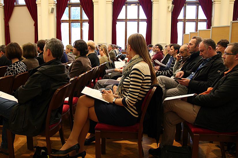 Mehr als 100 MitarbeiterInnen kamen zur Info-Veranstaltung