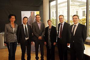 Die sechs ReferentInnen der Tagung von links nach rechts: Brigitta Lurger, Peter Bydlinski, Helmut Hirtenlehner, Anja Ischebeck, Andreas Engert und Stefan Arnold. Foto: KK.