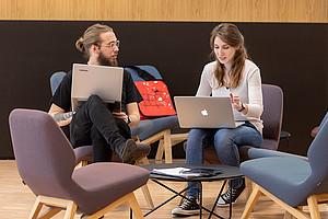 Das gemeinsame Studium der Universität Graz und der TU Graz bietet eine interdisziplinäre Ausbildung an der Schnittstelle von Informatik, Wirtschaftswissenschaften, Soziologie, Psychologie und Rechtswissenschaften: Foto: Lunghammer TU Graz