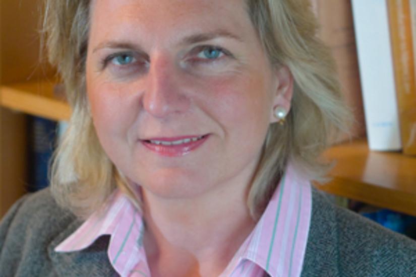 Ehrengast des Balls und Vortragende: Journalistin Karin Kneissl. Foto: KKneissl.com