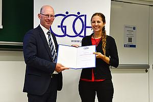 Ausgezeichnete Chemikerin Simone Bräuer und GÖCH-Präsident Peter Gärtner Foto: GÖCH/Walter Schneider