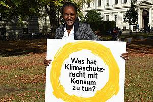 Lydia Omuko‐Jung aus Kenia untersucht im DK Kimawandel rechtliche Aspekte konsumbasierter Instrumente zur Minderung des Klimawandels. Foto: Uni Graz/Pichler