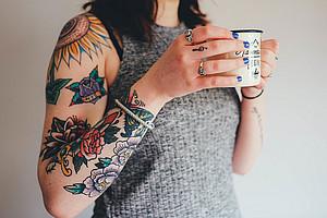 ChemikerInnen der Uni Graz haben Tattoo-Farben untersucht: Neun von zehn Proben erfüllten nicht alle gesetzlichen Bestimmungen. Foto: Annie Spratt - Pixabay