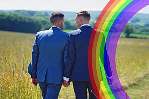 Die großen Religionen tun sich mit gleichgeschlechtlicher Liebe schwer. Foto: Juli Rose - Pixabay