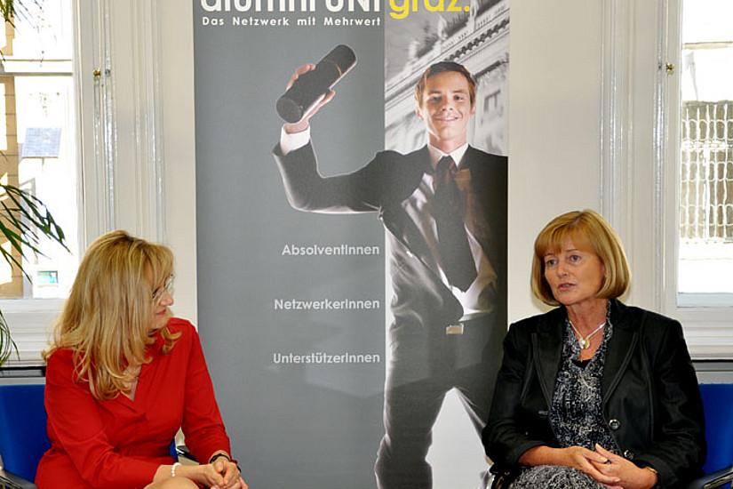 Christa Neuper und Beatrice Weinelt