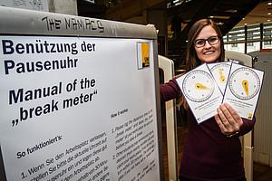 Seit Semesterbeginn ist die Pausenuhr in der Fachbibliohek RESOWI im Einsatz. Foto: Uni Graz/Tzivanopoulos