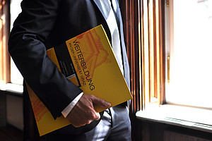 LL.M. Wirtschaftsrecht UNI for LIFE Ordner