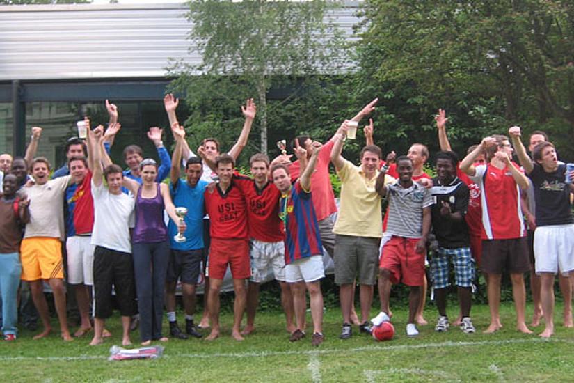 Die Teilnehmenden des Barefoot World Cup 2011.