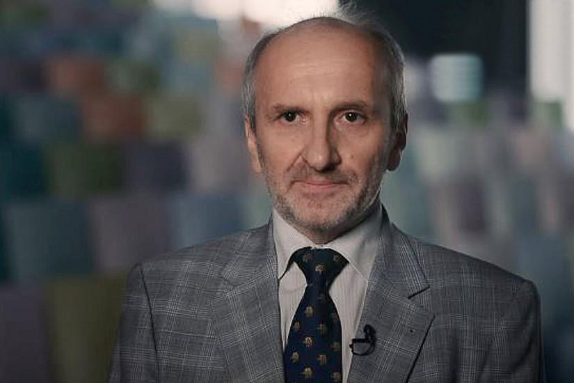 Her Professor Dr. Gerhard Schummer, Leiter des LL.M. Sanierungsrecht
