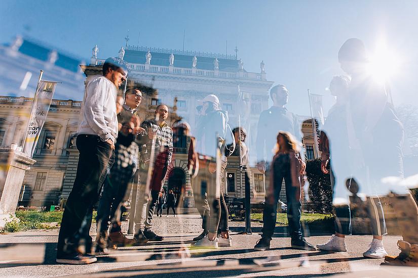 Wer im Herbst ein Bachelorstudium der Psychologie, der Pharmazeutischen Wissenschaften, der Molekularbiologie oder Biologie beginnen möchte, muss im August bzw. September eine Aufnahmeprüfung machen. Foto: Uni Graz/Kanizaj