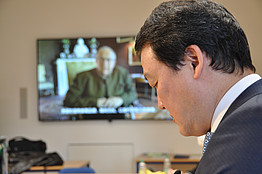 Dr. Chen mit Honorarkonsul Mag. Bardeau