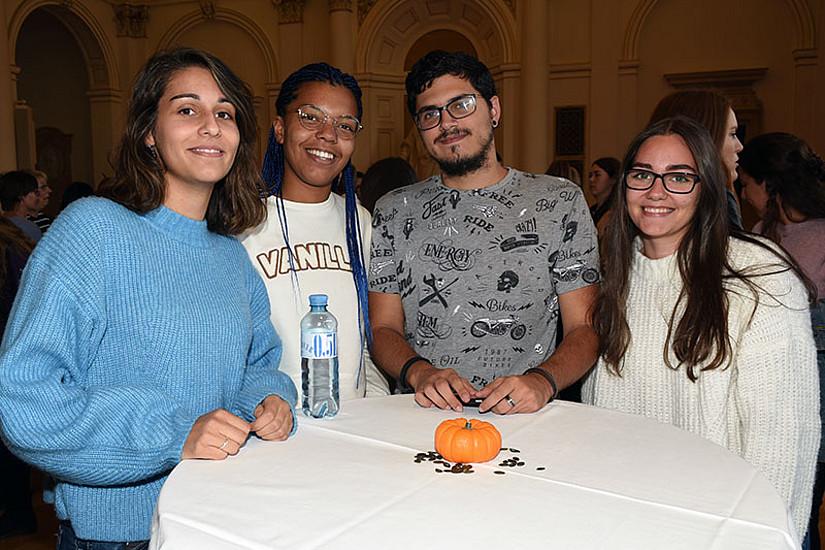 Der Welcome-Empfang bot Gelegenheit zum Kennenlernen und Informationsaustausch. Fotos: Uni Graz/Pichler