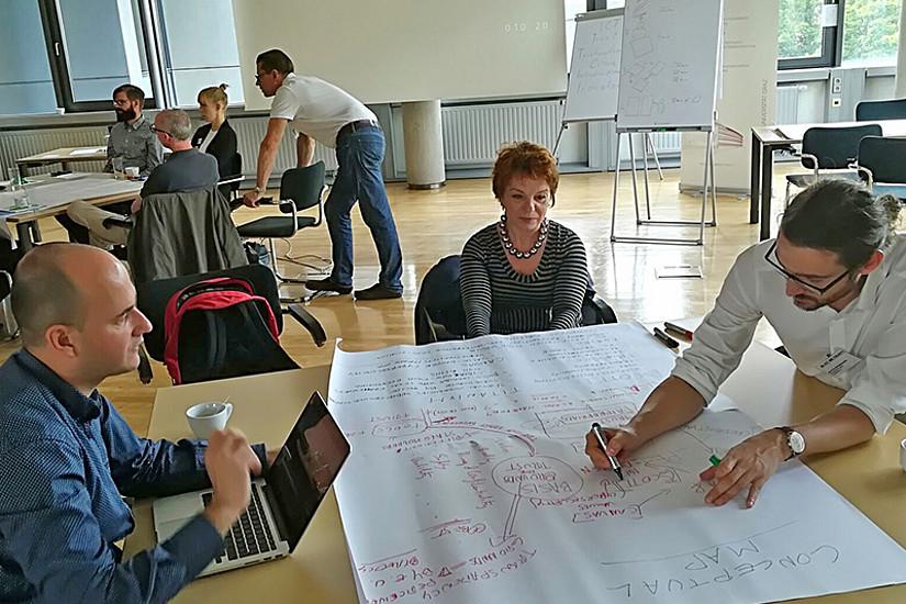 Was macht Informationstechnologien vertrauenswürdig? Die nötigen Kriterien präsentierten und analysierten ExpertInnen an der Universität im Rahmen einer Tagung. Foto: Uni Graz