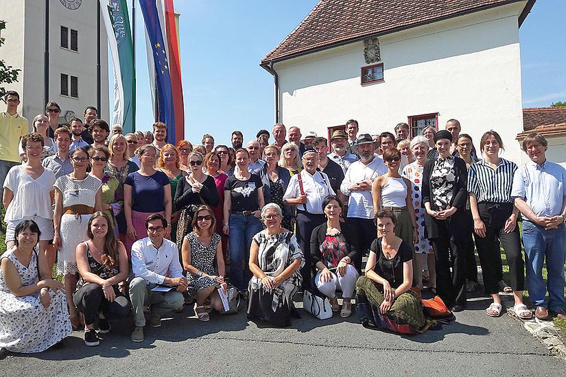 Angeregter und emotionaler Dialog: Rund 70 TeilnehmerInnen diskutierten die Rollen von Frauen und Homosexuellen in Judentum, Islam und Christentum. Foto: Uni Graz/Fischer