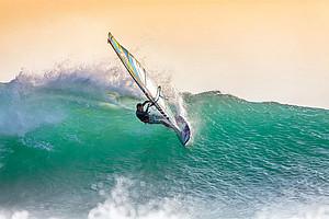 Auch Windsurfen kann im Sommersemester als USI-Kurs gebucht werden. Foto: Pixabay.com