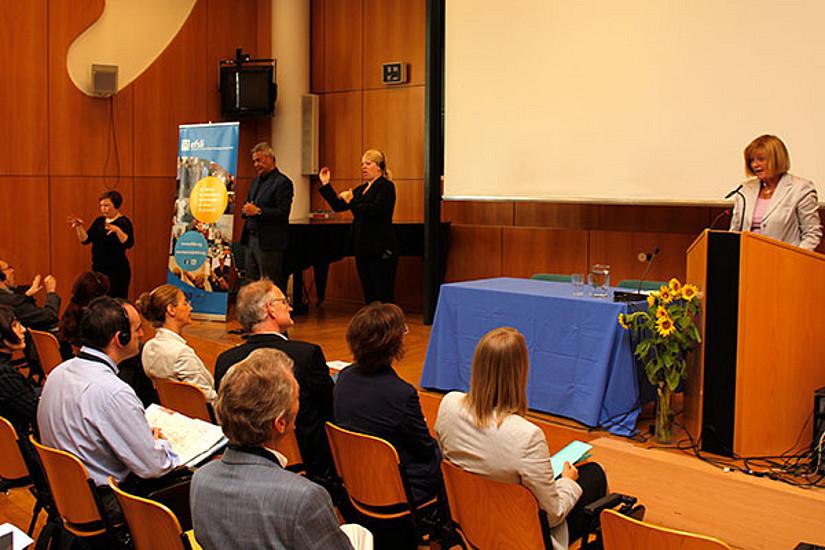 Rektorin Neuper betont die Einzigartigkeit der Uni Graz auf diesem Gebiet in Österreich