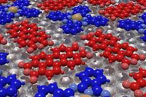 Die Moleküle PTCDA (rot) und CuPc (blau) adsorbieren auf einer Silberoberfläche. Bild: Daniel Lüftner